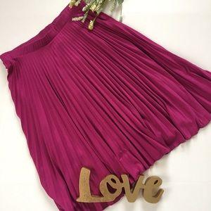 .Papermoon. NWT Stitchfix pleated Charissa skirt
